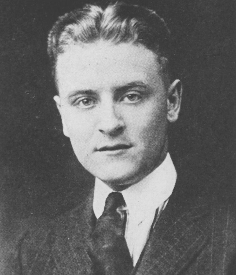 a literary analysis of the writing style by f scott fitzgerald The importance of including fitzgerald in american literature anthologies cannot be overestimated he believed that he was an original fitzgerald's style is completely his own and perhaps the.